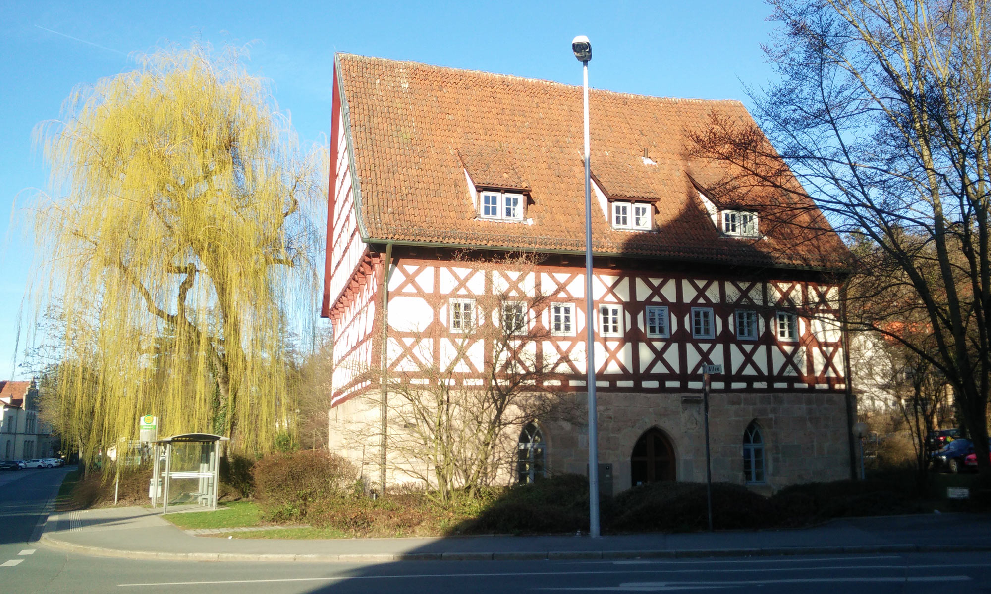 building authority in large half-timbered house in Coburg